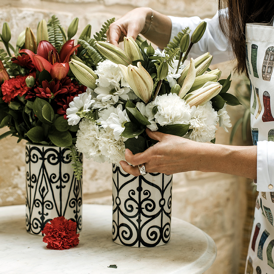 Vases Red&White bouquets (2)