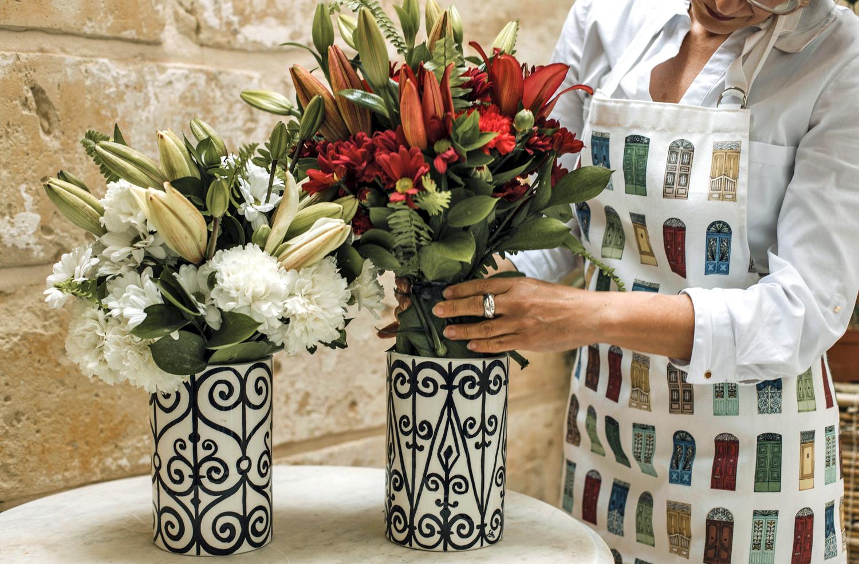Website carousel pix WI vases, flowers, doors apron