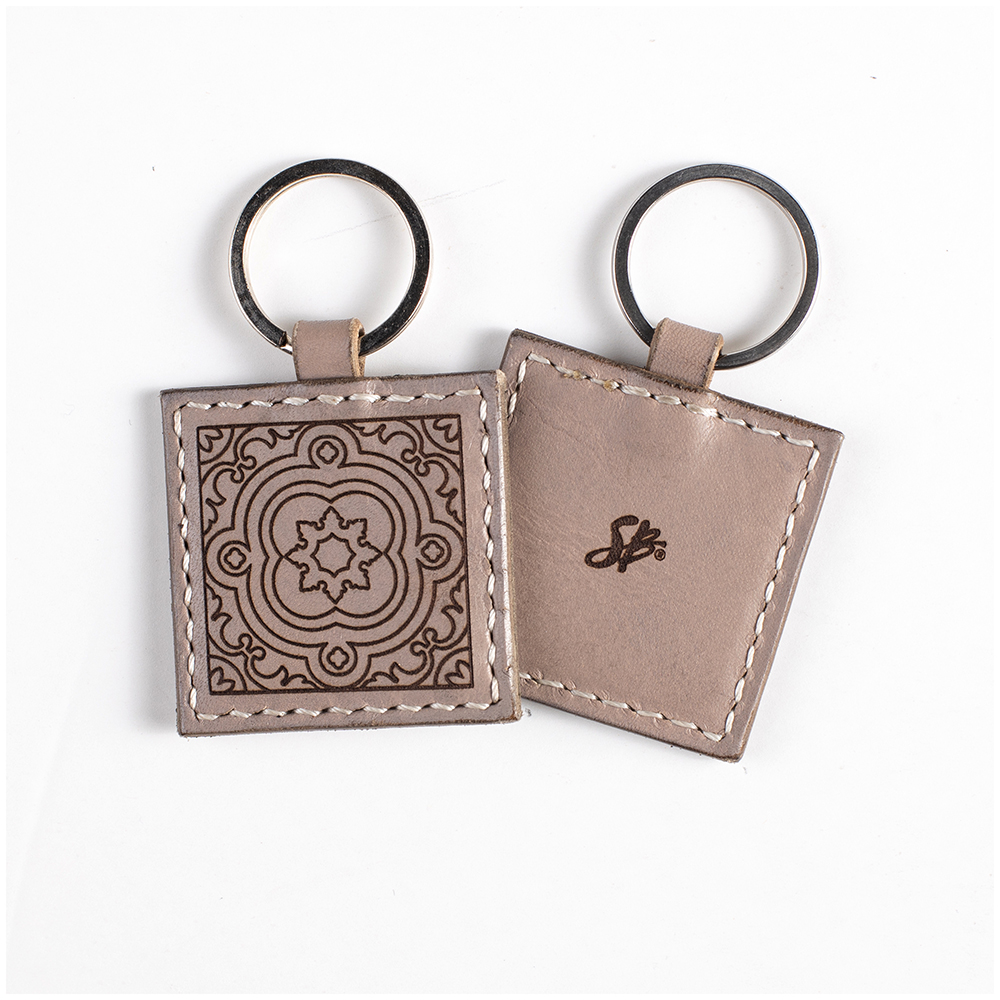 keychain fawn front and back